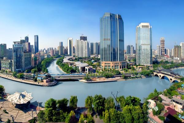 Чэнду - один из крупнейших городов Китая.