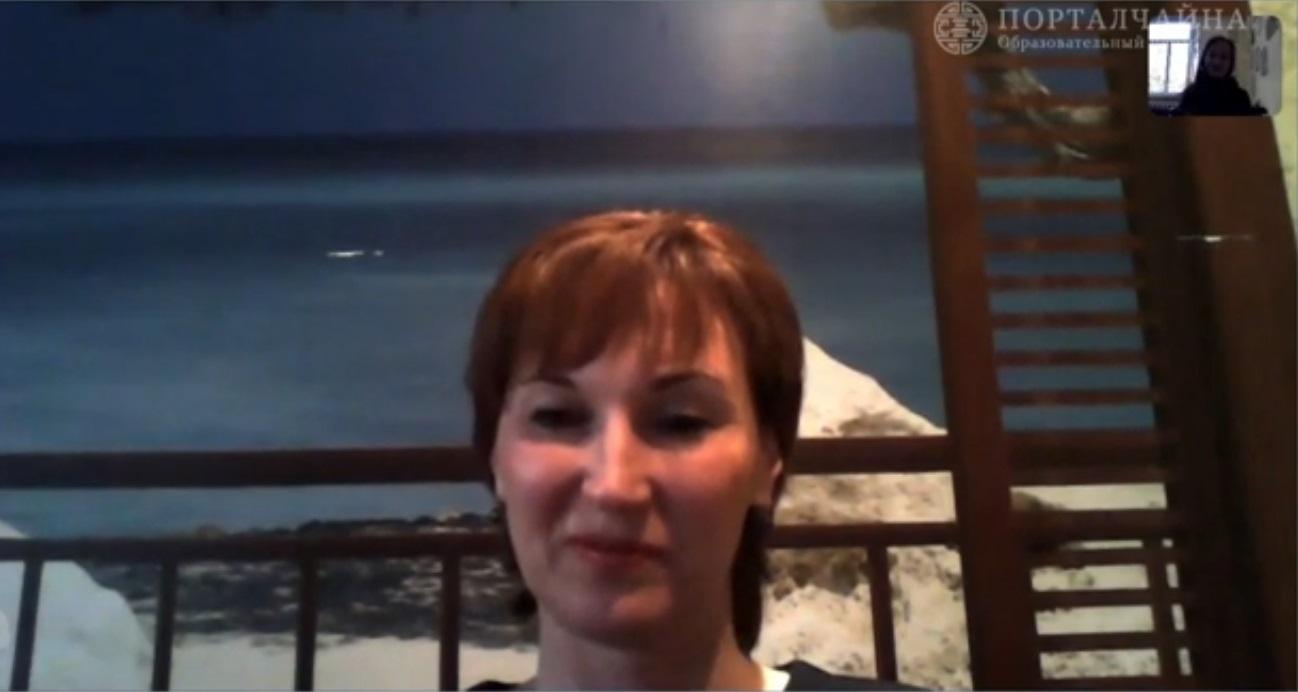 Видео-отзыв Натальи, мамы Ирины, о летней языковой программе в SISU